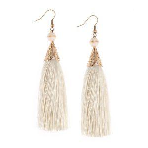 Studio Boneli Μακριά σκουλαρίκια με λευκή φούντα & ασημί φίλιγκρι